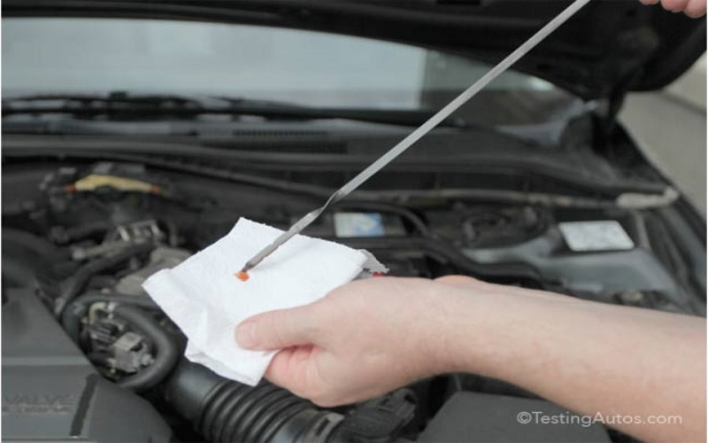 Symptoms of Too Much Transmission Fluid